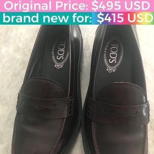 Women's Burgundy Leather Moccasin size: 8 (38)